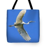 Great White Egret In Flight Tote Bag