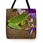 Green Tree Frog And Flowers Tote Bag