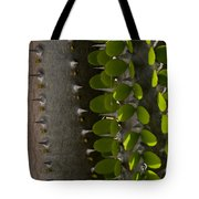 Growth Contrast Tote Bag
