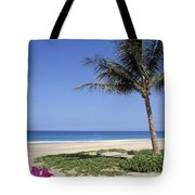 Hapuna Beach Tote Bag
