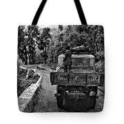 Himalayan Limo Bw Tote Bag