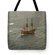 Hmb Endevour Enters Sydney Harbour Tote Bag