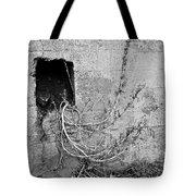 Hole 6 Tote Bag