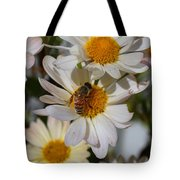Honeybee And Daisy Mums Tote Bag