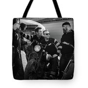 Hornets Chilling Tote Bag