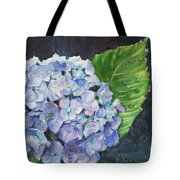 Hydrangea And Water Droplet Tote Bag