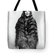 Img-28 Black And White Tote Bag