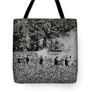 In The Heat Of Battle - Gettysburg Pa Tote Bag