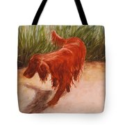 Irish Setter In The Grass Tote Bag