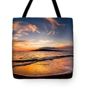 Island Gold - An Amazingly Golden Sunset On The Beach In Hawaii Tote Bag