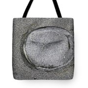 Jelly Fish On The Beach Tote Bag
