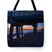 Juno Pier Moring Gaze Tote Bag