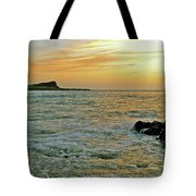 Kaohikaipu Island Sunrise  658 Tote Bag