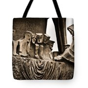 La Sagrada Familia Sculpture Tote Bag