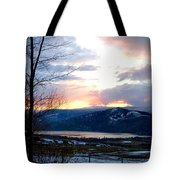 Lake Okanagan Sunset At Vernon Tote Bag