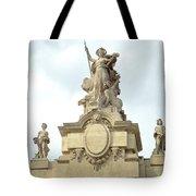 L'art At Grand Palais Tote Bag