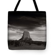 Last Light On Devils Tower Bw Tote Bag