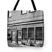 Le Cheval Blanc Tote Bag