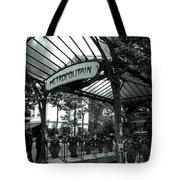 Le Metro As Art Tote Bag