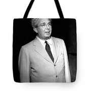 Le� Szil�rd, Hungarian-american Tote Bag
