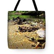 Leopard Frog Landing Tote Bag