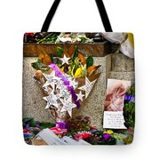 Lest We Forget Messages Tote Bag