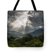 Light Show Before The Storm. Tote Bag by Itai Minovitz