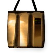 Lincoln Memorial By Night Tote Bag