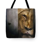 Lion Eye Tote Bag