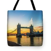 London Sunrise 2 Tote Bag