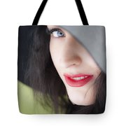 Look Tote Bag