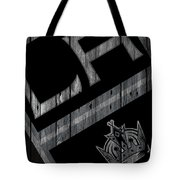 Los Angeles Kings Wood Fence Tote Bag