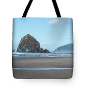 Low Tide At Cannon Beach Tote Bag