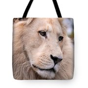 Male White Lion ... Thabo Tote Bag