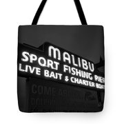 Malibu Pier Sign In Bw Tote Bag by Glenn McCarthy Art and Photography