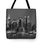 Manhattan Twilight Iv Tote Bag by Clarence Holmes