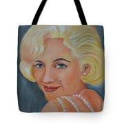 Marilyn Monroe With Pearls Tote Bag