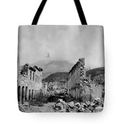 Martinique: Ruins Tote Bag