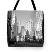 Michigan Ave Wide B-w Tote Bag