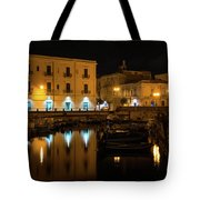 Midnight Silence And Solitude - Syracuse Sicily Illuminated Waterfront Tote Bag