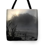Mississippi River Dawn Sun Rays Tote Bag