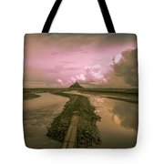Mont Sunset Tote Bag