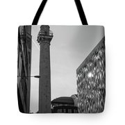 Monument To The Great Fire Of London Bw Tote Bag