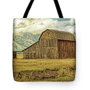 Mormon Row Barn No 3 Tote Bag