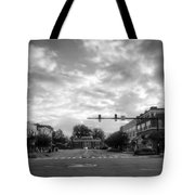 Morning In Murphy North Carolina In Black And White Tote Bag
