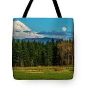 Mt Rainier Moonrise,wa Tote Bag