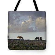 Mustang Group 17 Tote Bag