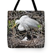 Nesting Great Egret With Chick Tote Bag