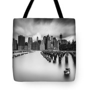 New York City In Black And White Tote Bag