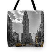 New York - Flatiron Building And Yellow Cabs - 2 Tote Bag
